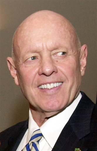 """Dr. Stephen R. Covey, the motivational speaker best known for the book """"The Seven Habits of Highly Effective People,"""" is shown here in a 2003 file photo."""