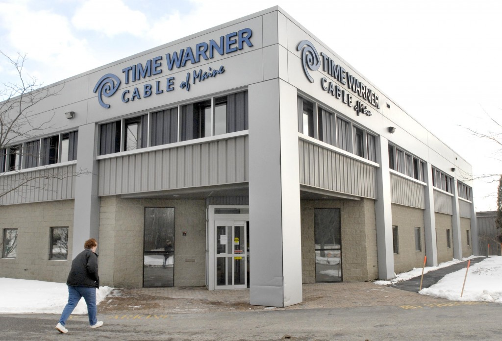 Time Warner Cable has pulled the plug on WMTW Channel 8, the Maine ABC affiliate over a financial dispute.