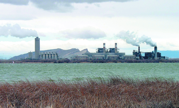 The Four Corners Power Plant, shown here in April 2006, is one of two coal-fired plants in northwest New Mexico, near Farmington. A federal court struck down a rule that would have forced many operators of power plants to reduce their emissions drastically.