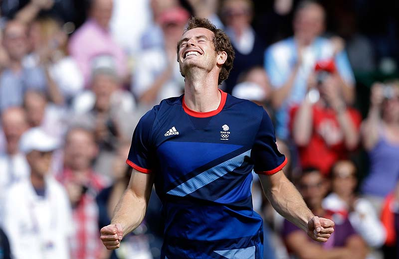 Britain's Andy Murray celebrates after defeating Switzerland's Roger Federer to win the men's singles gold-medal match Sunday in London. 2012 London Olympic Games Summer Olympic games Olympic games Spo