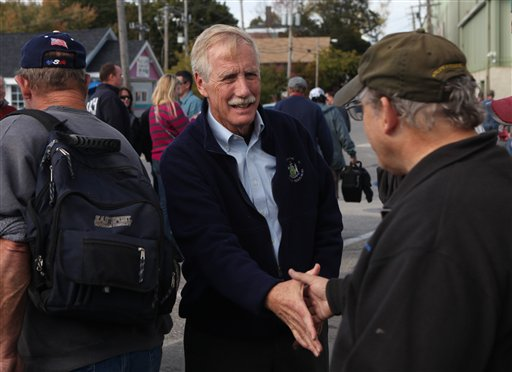 Independent candidate for the U.S. Senate, Angus King greets workers leaving Bath Iron Works, Monday, Oct. 1, 2012 in Bath, Maine. (AP Photo/Joel Page)