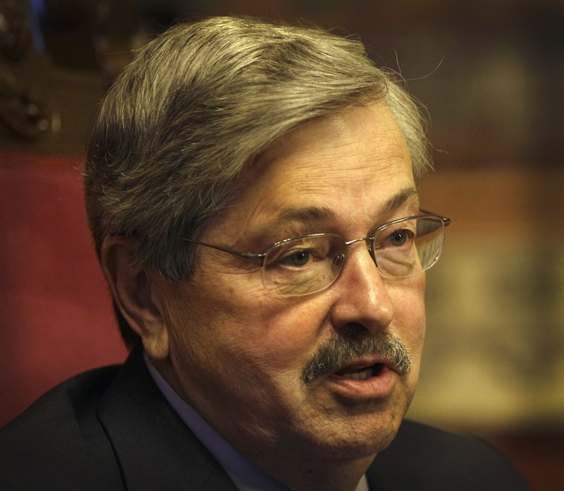 "Iowa Gov. Terry Branstad speaks during an interview with The Associated Press, in this May 11, 2011 file photo taken in Des Moines, Iowa. The Iowa straw poll has devolved into a full-blown sideshow, Branstad and other critics contend. They say it's an unfair and false test that has felled good candidates and kept others from competing in the state. The poll, which morphed over the decades into a closely watched early test of caucus campaign strength, had ""outlived its usefulness,"" Branstad told The Wall Street Journal Tuesday Nov. 20, 2012. (AP Photo/Charlie Neibergall, File)"