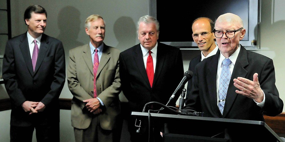 In this Aug. 15, 2008, photo, former Gov. John Reed, far right, takes his turn telling stories about his time in the Blaine House during an August 2008 press conference before a Friends of The Blaine House fundraising dinner held in the State House. Reed, who was governor from 1959 to to 1967, died Oct. 31 in Washington. Listening behind him are former Govs. John McKernan, Angus King, Joseph Brennan and John Baldacci.