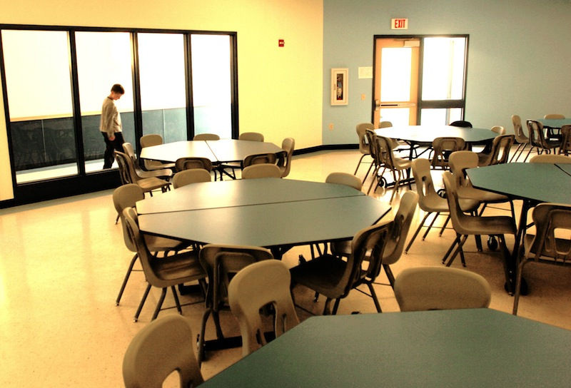 This May 2004 file photo shows the cafeteria at Congin Elementary School in Westbrook. Almost 20 percent of K-12 students in Westbrook are struggling with the issues of poverty – hunger, fatigue, health problems, the threat of homelessness and inadequate income. And about one in five students in many schools in Maine are living in poverty, according to statistics released Wednesday by the U.S. Census Bureau. Doug Jones