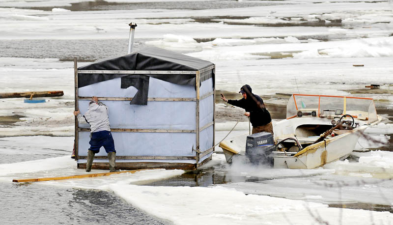 Smelt shacks float away from randolph camp central maine for Maine ice fishing