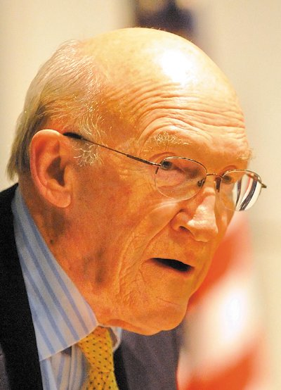 Former U.S. Senator Alan K. Simpson delivered the 2013 George J. Mitchell Distinguished International Lecture at Ostrove Auditorium at Colby College Wednesday.