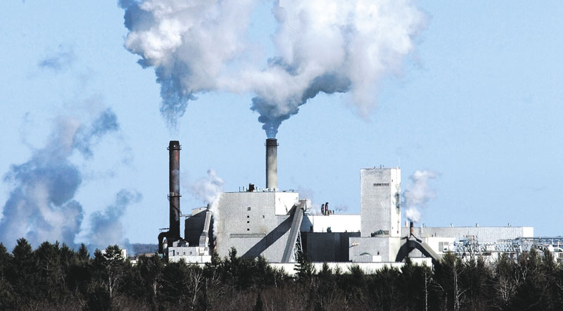 Sappi Fine Paper's mill in Skowhegan has agreed in principle to become an anchor customer for Summit Natural Gas of Maine, the energy company announced Tuesday.