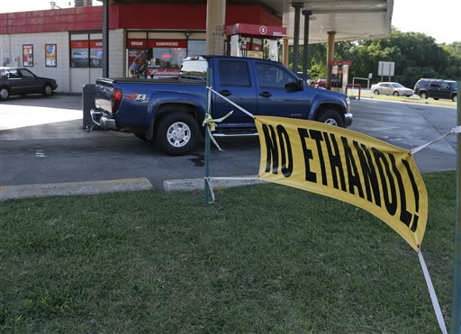 A sign advertises no ethanol gasoline available at a station in Oklahoma City last week. A blend of ethanol gasoline, E15, which contains 5 percent more ethanol than the 10 percent norm sold at most U.S. gas stations, is currently sold in just 20 stations in six Midwestern states.