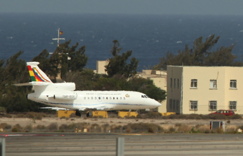 The Bolivian presidential plane believed to be carrying President Evo Morales leaves the Gran Canaria airport in Las Palmas on Spain's Canary Islands on Wednesday.