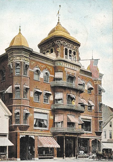 The Gerald Hotel pictured in a Metropolitan News Co. postcard postmarked from Gardiner on May 18, 1907.