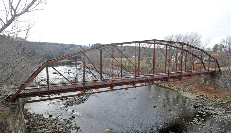 OLD BRIDGE: New Sharon selectmen unanimously voted Wednesday night to tear down this 94-year-old bridge in the downtown.