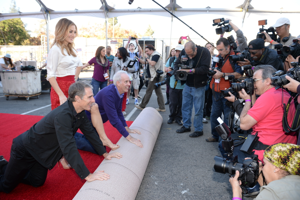 Scott Bakula, Sasha Alexander and Daryl Anderson roll out the carpet for the 20th Annual Screen Actors Guild awards, which will be held Saturday night.