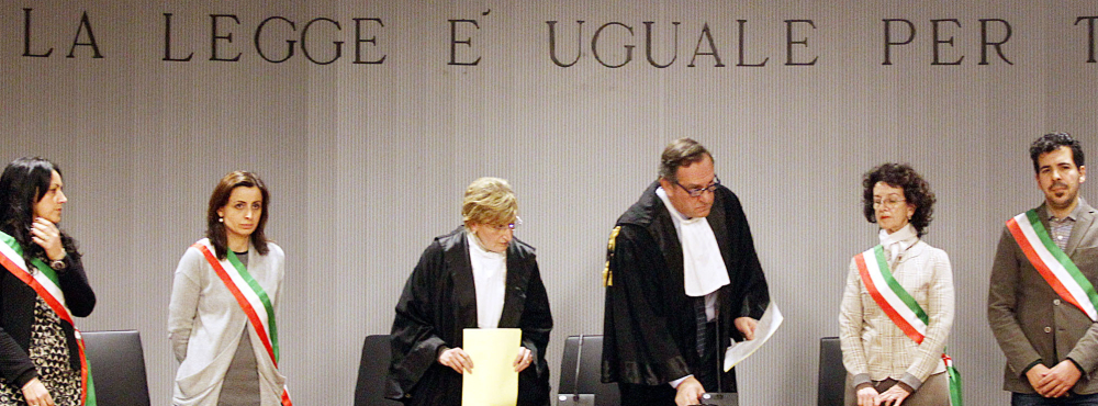 Judge Alessandro Nencini, center, reads the guilty verdict Thursday in the murder of Amanda Knox's British roommate.