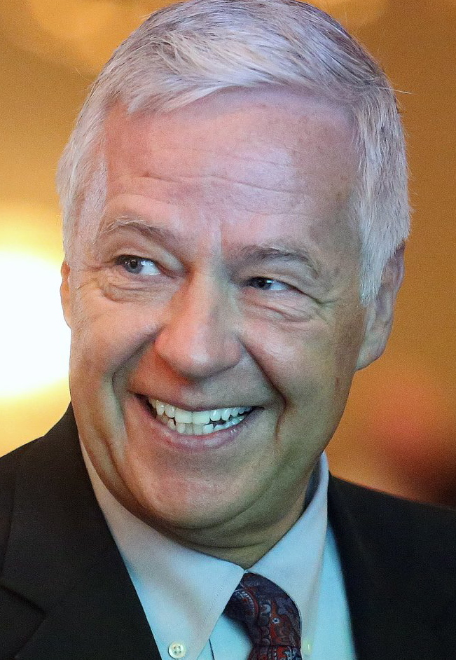 Democratic gubernatorial candidate and U.S. Rep. Mike Michaud of East Millinocket will announce his economic platform Wednesday.