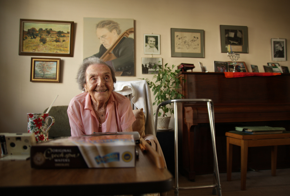 Alice Herz-Sommer, believed to be the oldest-known survivor of the Holocaust, died in London on Sunday morning at the age of 110.