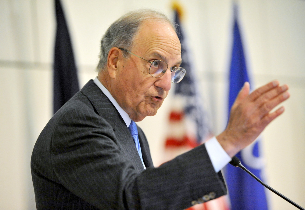 Staff photo by Michael G. SeamansU.S. Sen. George Mitchell introduces former U.S. senator and former majority leader Tom Daschle of South Dakota to deliver the annual George Mitchell International Lecture at Colby College on Wednesday.