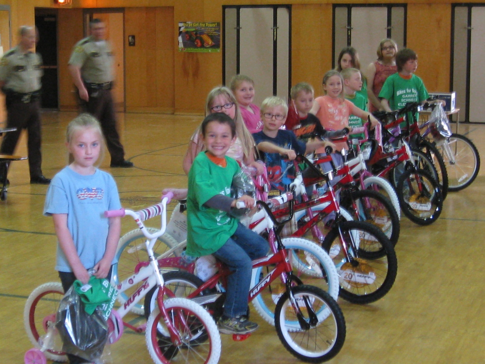 NEW BIKES: From left are Brooklyn Gordon and Jackson Newton, kindergarten; Seth Price and Morgan Steuber, grade 1; Daisy Page and Trae Tingley, grade 2; Sage Bertone and Tyler Whitney, Grade 3; Daniel Handley and Jasmine Whitney, grade 4; and Cassidy Dodge, Grade 5.