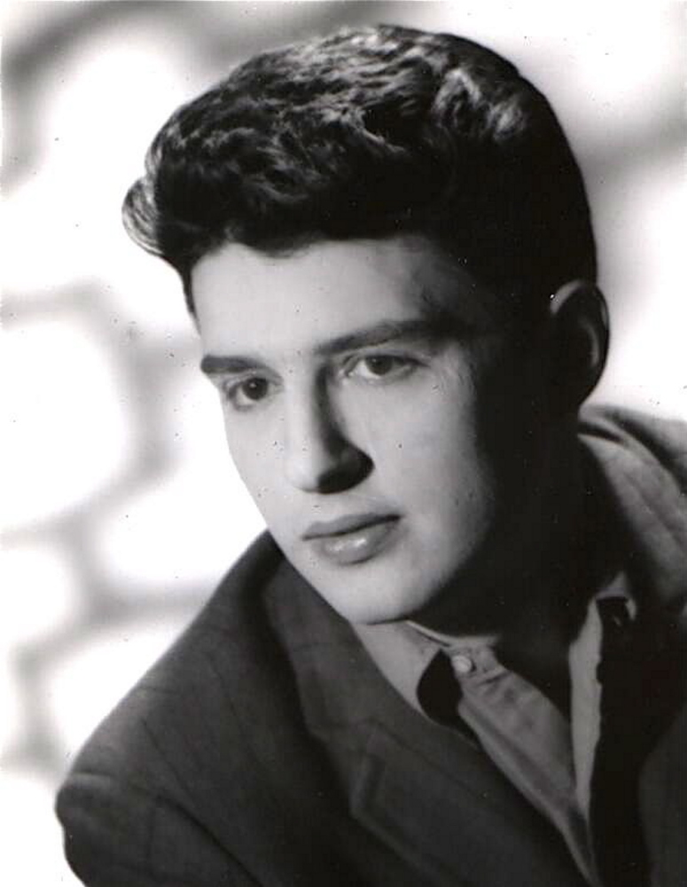 """Carole King posted this undated photo of Gerry Goffin on Twitter Thursday with the message """"1939-2014 There are no words."""""""