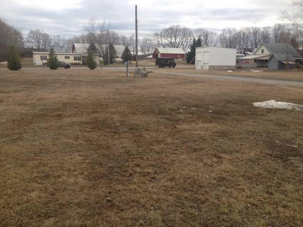 New Park: A town-owned lot on High Street in Farmington near the intersection with U.S. Route 2 is due to become a town park. Town officials plan to accept a donation from local merchant and resident Richard Bjorn to pay for the work.