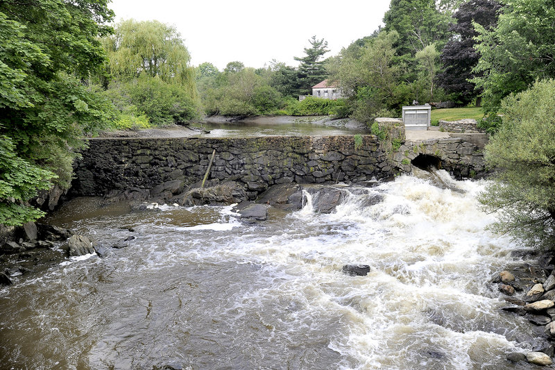 Mon. July 16, 2012. Draw down of river at Stroudwater Dam in Portland. John Patriquin/Staff Photographer.