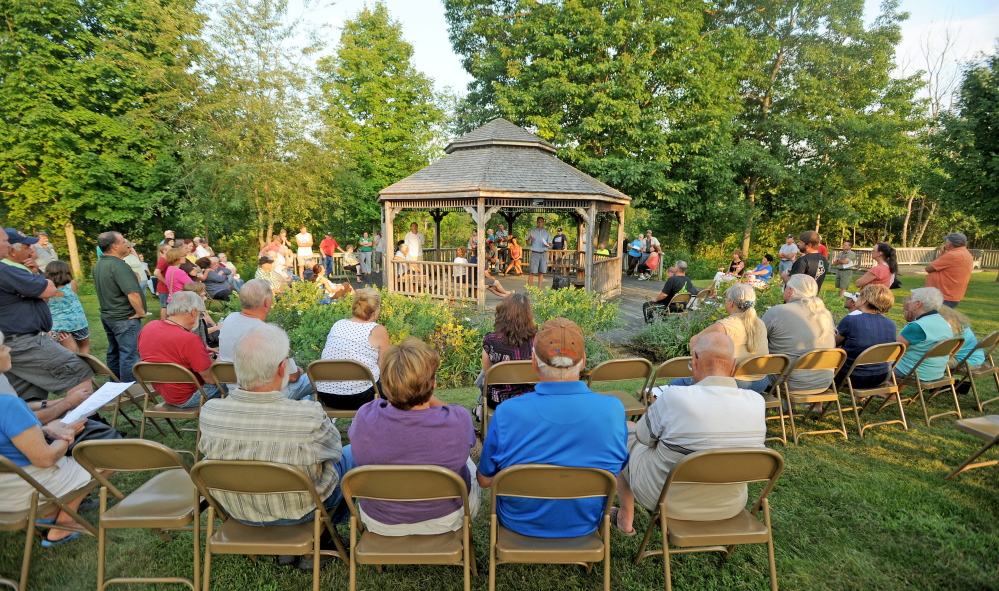 More than a hundred people gathered at the gazebo at the Benton Town Office during a special town meeting in Benton on Monday. The town voted down a fireworks ordinance that would have restricted the use to Independence Day only.