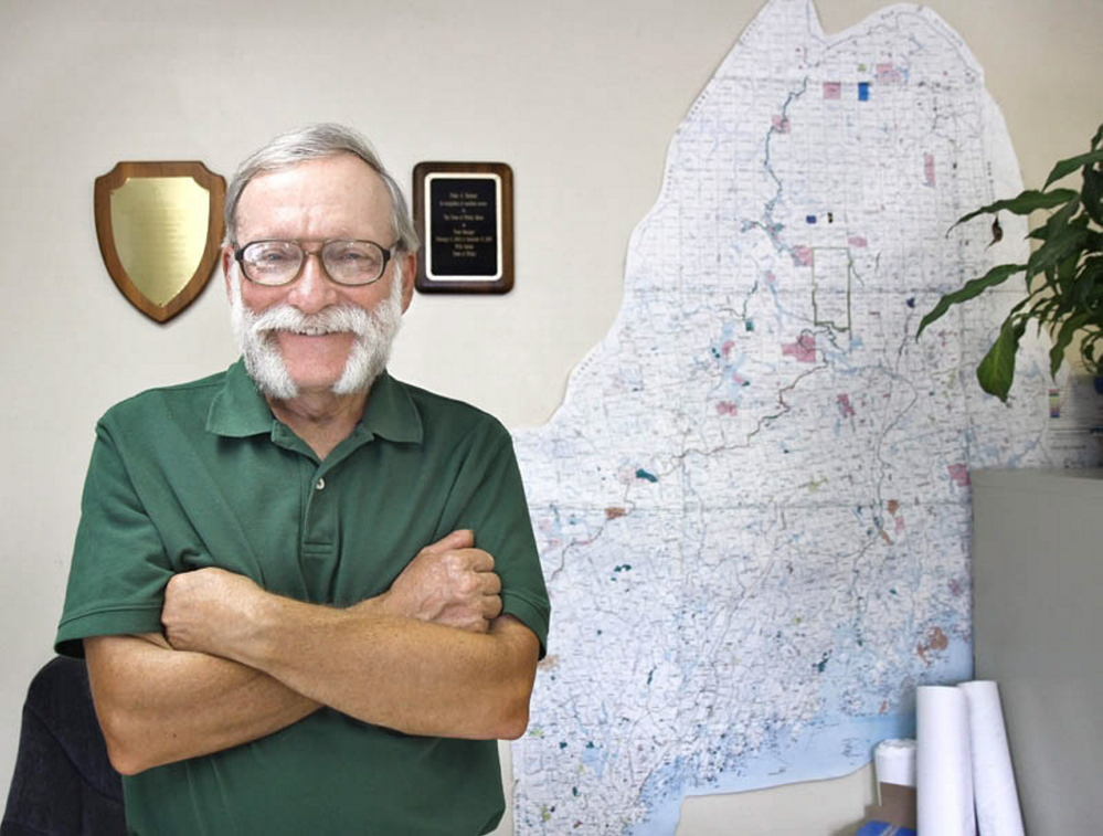 Oakland Town Manager Peter Nielsen plans to retire effective Oct. 3 and says his retirement job will be driving a school bus in his native town, Winthrop.