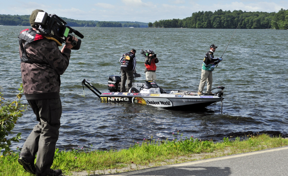 Central maine lakes draw major league fishing anglers for for Fishing lakes near me