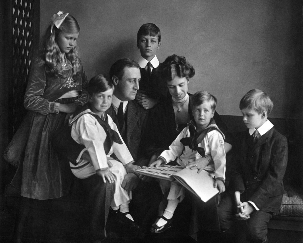 In this June 12, 1919, photo, Franklin and Eleanor Roosevelt pose for a portrait with their children in Washington.