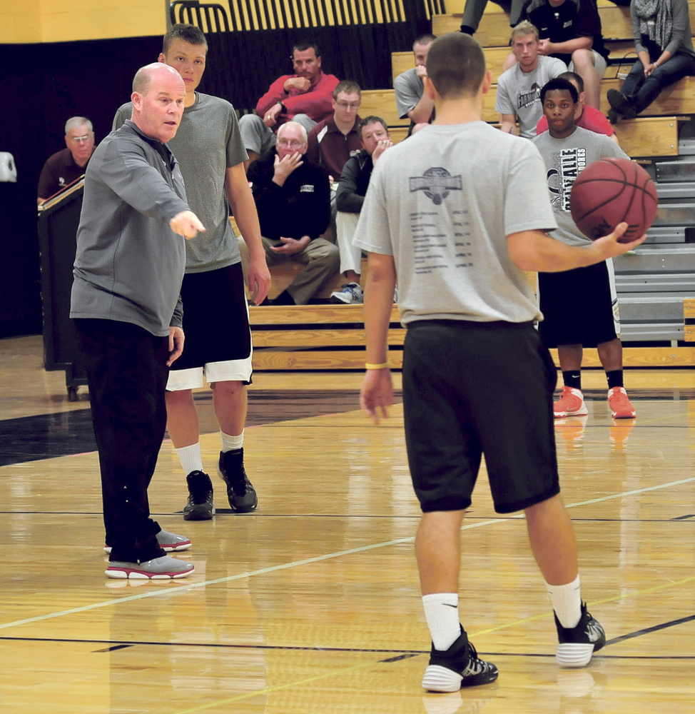 Steve Clifford, a University of Maine at Farmington graduate and coach of the Charlotte Hornets, leads a clinic Sunday at Mt. Blue High School in Farmington.