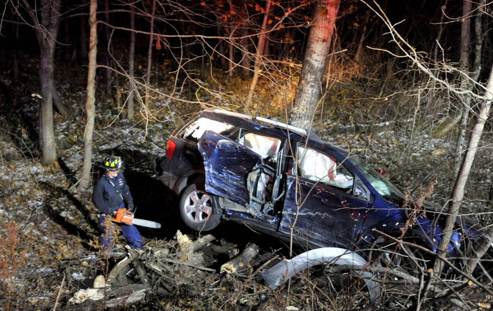 Waterville fire department, police and Delta Ambulance wokers are looking for the occupants of a vehicle that crashed Rice Ripps Road near Colby College in Waterville early on Saturday morning.