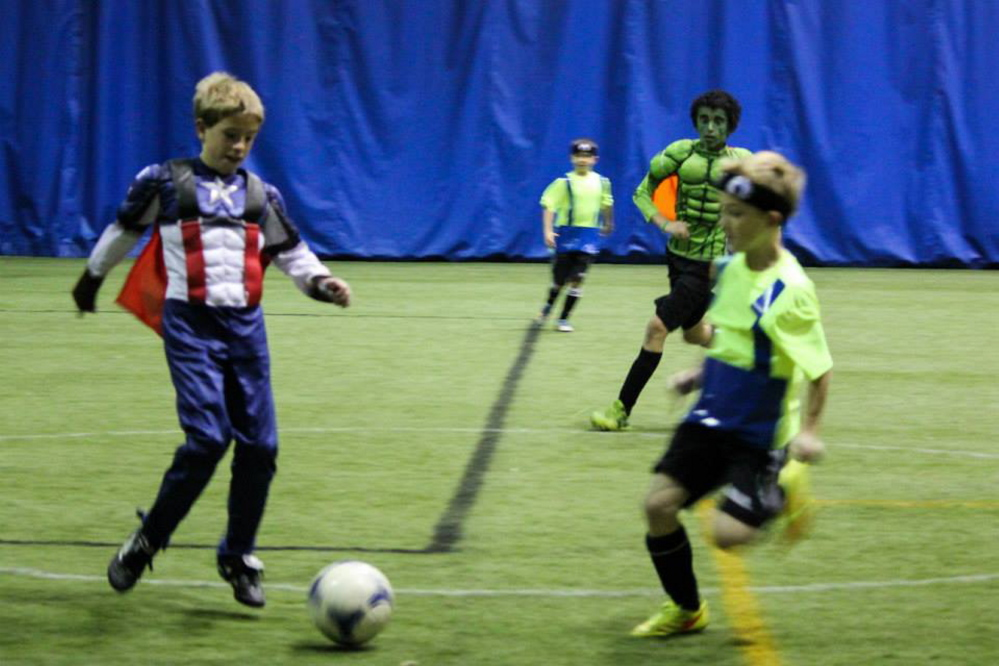 Josh Jacobson as Captain America and Alex Hembree as the Green Hulk play in the tournament.