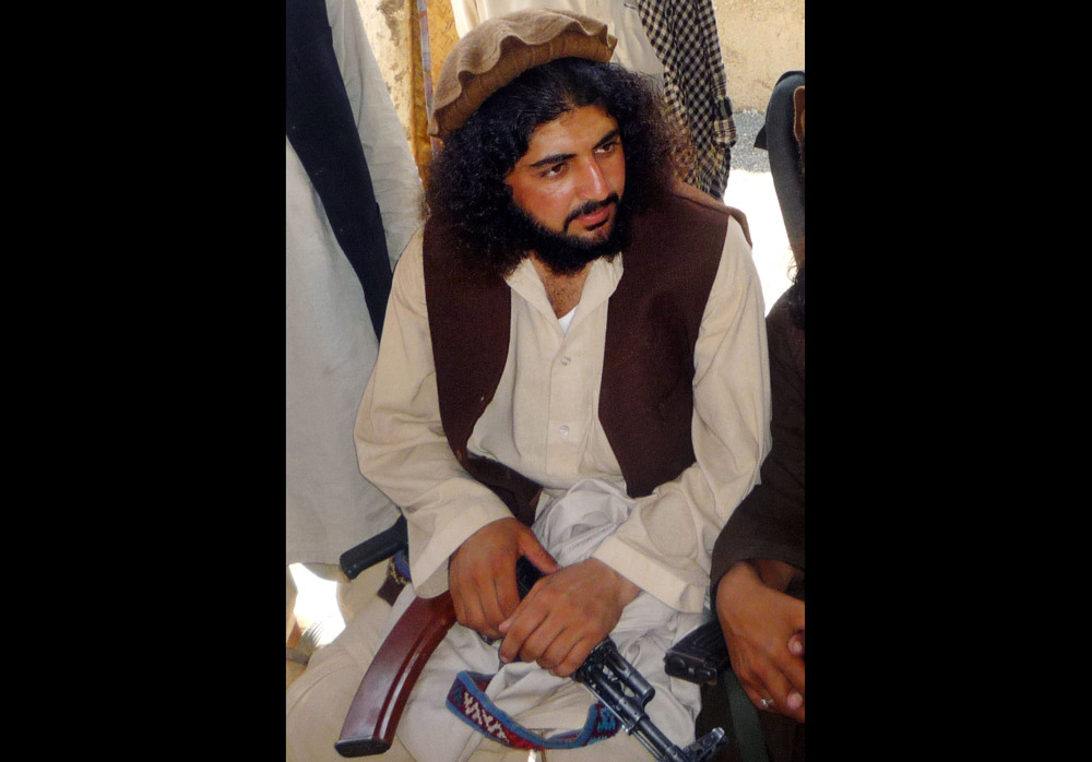 The U.S. military in Afghanistan handed over three Pakistani detainees to Islamabad, including one who Pakistani intelligence officers said is a senior Taliban commander long wanted by the Pakistani government. The transfer of Latif  Mehsud, a close confidante of the former head of the Pakistani Taliban, underlines the improving relations between the U.S., Pakistan and Afghanistan.
