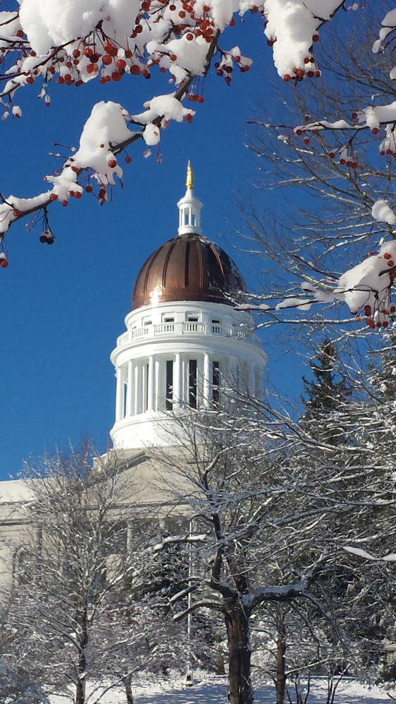Photo by Anne M. Dumont   The Capitol building in Augusta on Thanksgiving morning.