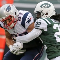 558325_Patriots-Jets-Football.J18