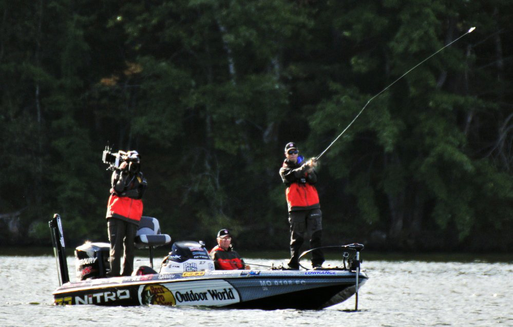 Central maine lakes get national exposure this weekend for Major league fishing com