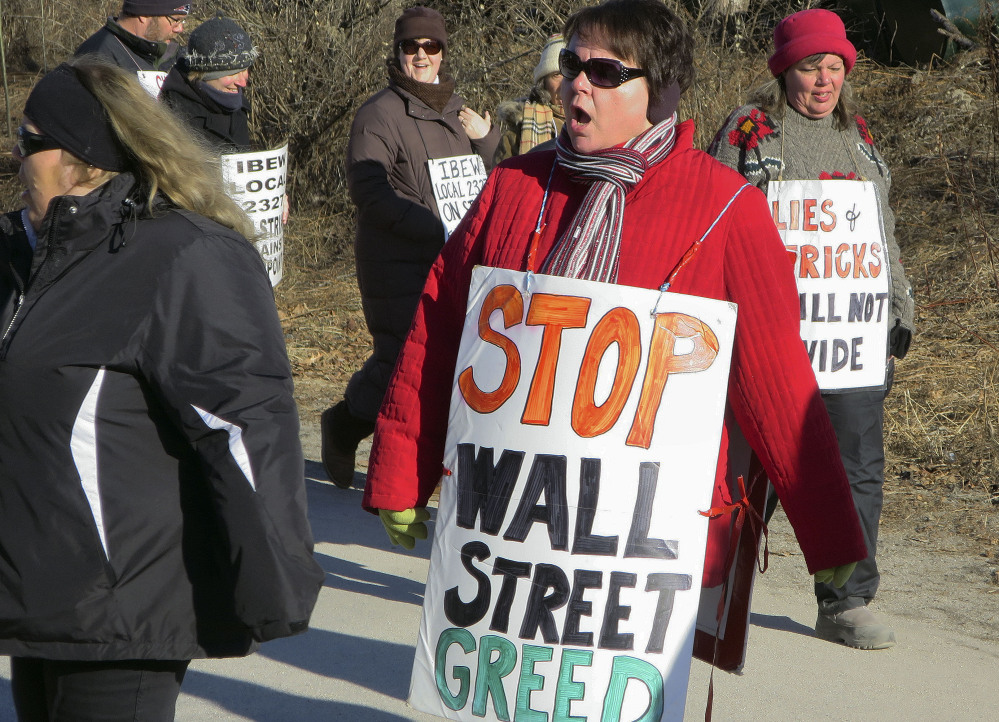 FairPoint and unions officials representing more than 1,700 striking workers are preparing to resume negotiations for the first time in more than a month on Sunday.