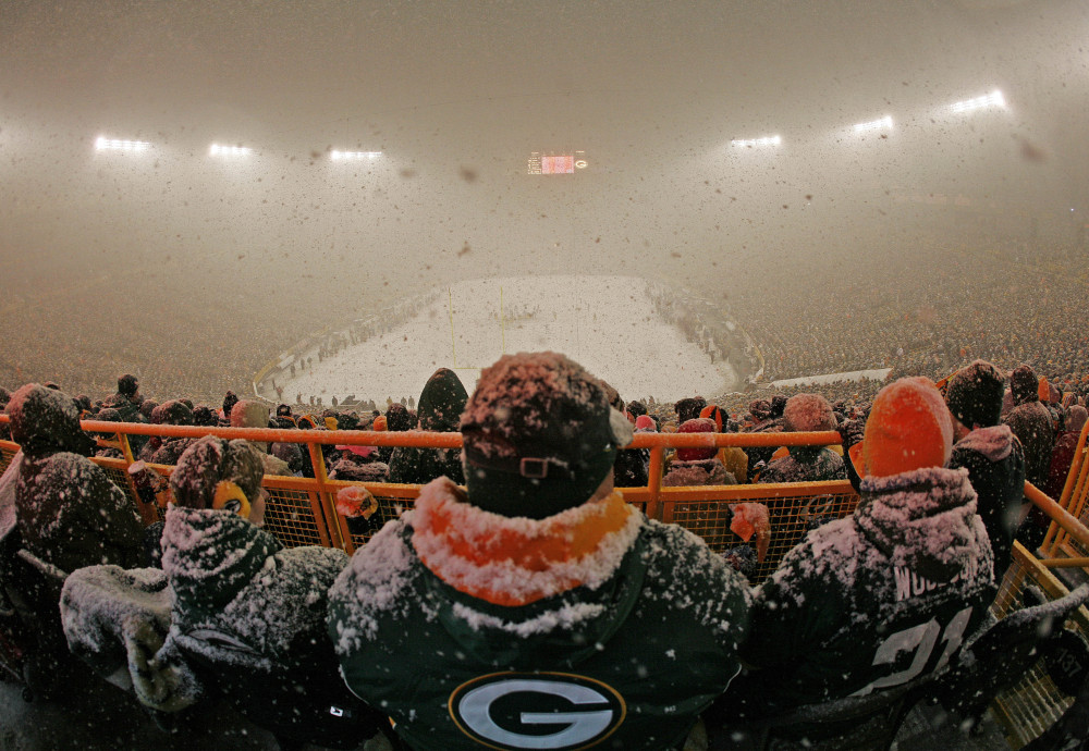 Along with great quarterbacks, the four NFL teams hosting playoff games this weekend have something else on their side. The Seahawks have the racket of Century Link Field, the Packers that Lambeau mystique. Denver has the thin air a mile up and the Patriots the biting winds and bitter cold of foreboding Foxborough. The foursome went a combined 30-2 at home this season and heavily favored in the divisional round.