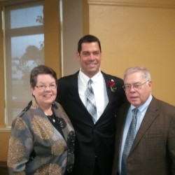 Daren Meader with his parents, Betty-Jane and Richard Meader.