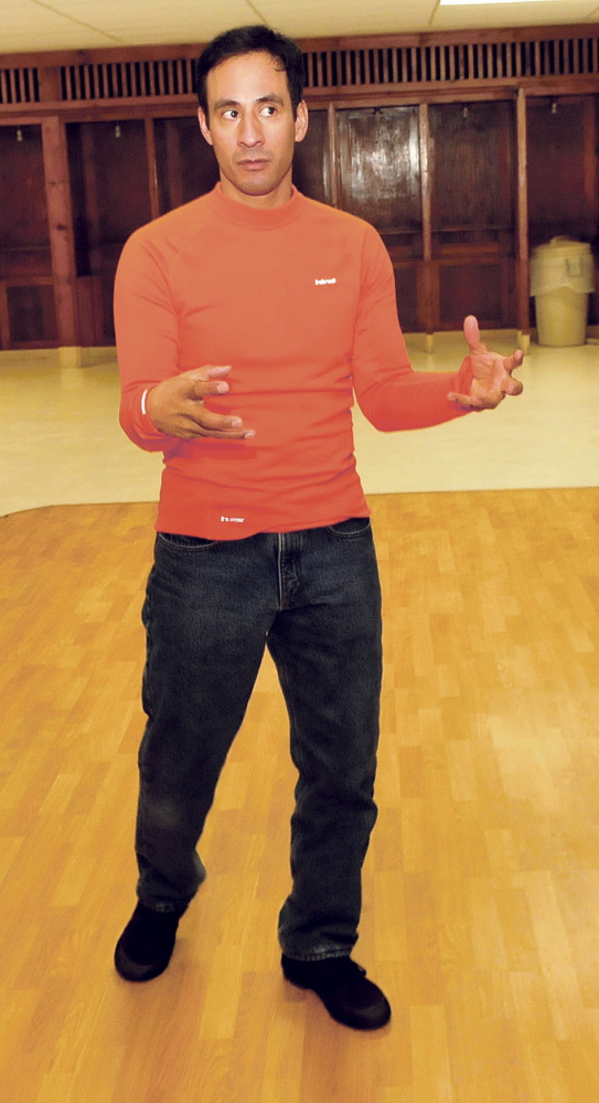 Dance instructor Zarvin Palacios will give free tango lessons at 6:30 p.m. Tuesday at the Farmington Community Center.