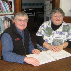 Skowhegan Library Director Dale Jandreau and Bloomfield Garden Club Vice President June Nickerson-Hovey discuss plans for Garden Fever Day.
