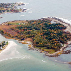 The U.S. Fish and Wildlife Service plans to add a walking trail on Timber Point in Biddeford.