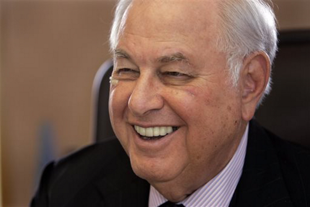 Real estate mogul and Michigan billionaire A. Alfred Taubman is shown in his office in Bloomfield Hills, Mich., in this April 4, 2007 photo.