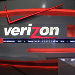 Verizon is giving its customers have more control over the channels they pay for as the cacophony of cord cutting reshapes cable TV.