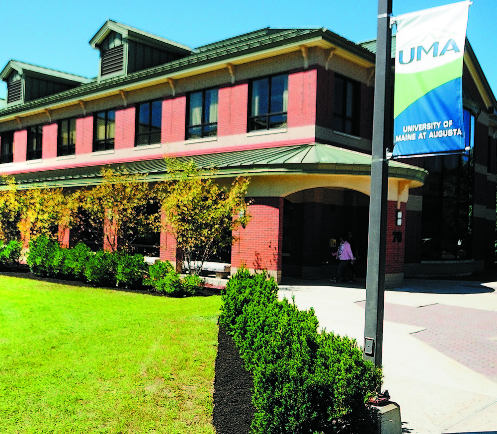 The University of Maine at Augusta recently announced that it will launch a new four-year bachelor's program in veterinary technology.