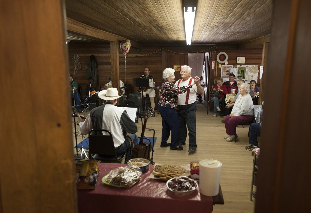 Country Jams Bring Crowds To Chelsea Grange A Building In Need Of A