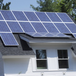 A state law that compensates homeowners with solar-electric panels for their power generation is likely to stay intact.