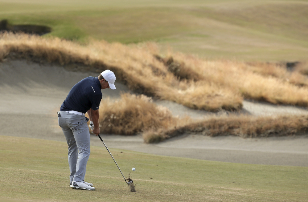 patrick reed  jordan spieth tied for lead halfway through