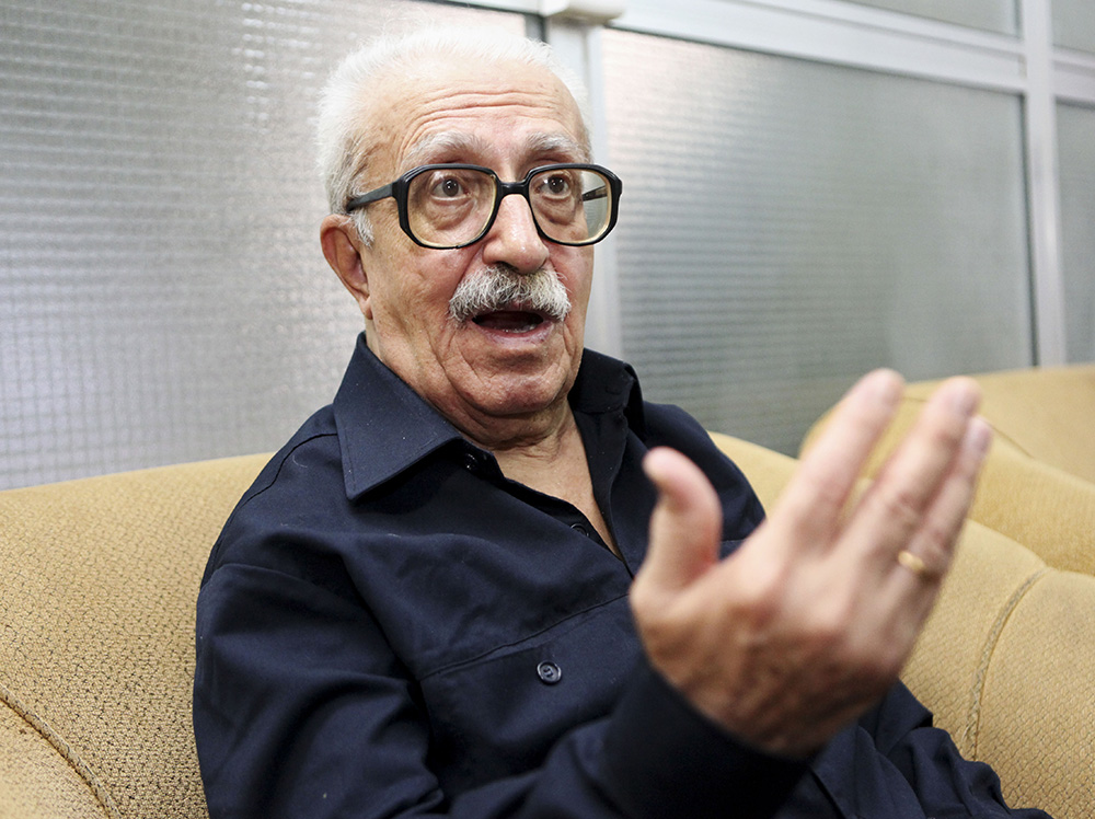 Tariq Aziz speaks to the news media in Baghdad in this Sept. 5, 2010, photo. The Associated Press