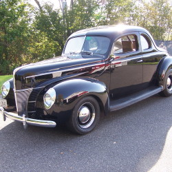 This 1940 Ford coupe powered by a new 350 ci, 360 horse power Chevrolet V8 motor. Is a work of art and built byMark Robichaud will be at the event.