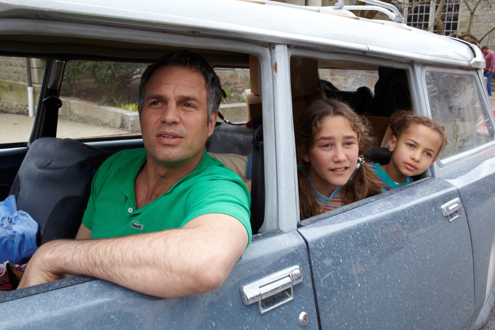 Mark Ruffalo as Cam Stuart, Imogene Wolodarsky as Amelia Stuart and Ashley Aufderheide as Faith Stuart, in 'Ifinitely Polar Bear.'